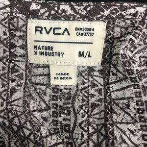 RVCA Dresses - RVCA Cold Shoulder Dress Size Medium/Large